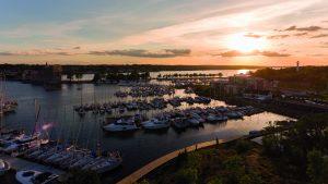 Solnedgång över Västerviks gästhamn