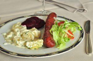 Isterband och stuvad potatis